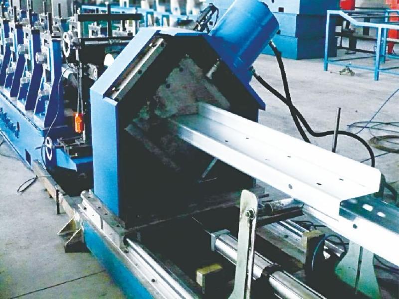 Z型钢生产