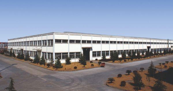 大面积连跨厂房-工业厂房